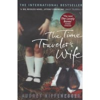 The Time Travelers Wife by Audrey Niffenegger Paperback Used cover