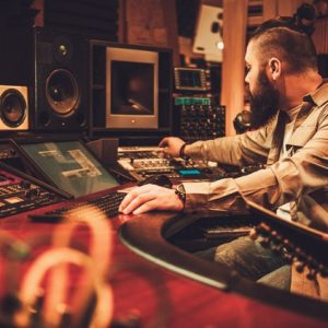 Get yourself trained on Music Making with this Online Training Music Producer Masterclass: Make Electronic Music Image