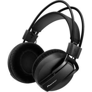 Pioneer HRM-7 Professional Reference Monitor Headphones at Gear 4 Music Image