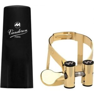 Vandoren Masters Clarinet Bb Ligature Gold Plated with Plastic Cap at Gear 4 Music Image