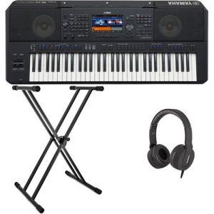 Yamaha PSR SX900 Digital Arranger Package at Gear 4 Music Image